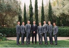 There& a winter wedding on the East Coast (think piles of snow and wintery whites) and then there& a California winter affair full of blue skies and beautiful rich color. Whatever your preference, this wedding is undeniably good, good, good. Dark Grey Groomsmen, Groomsmen Attire Grey, Bridesmaids And Groomsmen, Groom Attire, Groom Suits, Navy Suits, Black Suits, Groomsmen Poses, Architecture