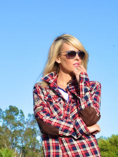 casual-california-outfit-rayban-plaid-shirt