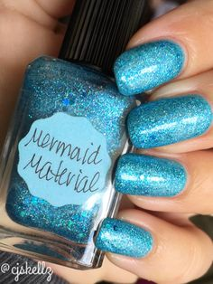 Mermaid Material is a cyan microglitter with small tonal accents and blue multishimmer. Depending on application, opacity can be achieved in two coats.
