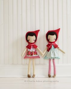 two little red riding hood dolls- doesn't link   this links to another tutorial-  http://charlaanne.typepad.com/charlaanne/2012/03/-doll-tutorial-.html