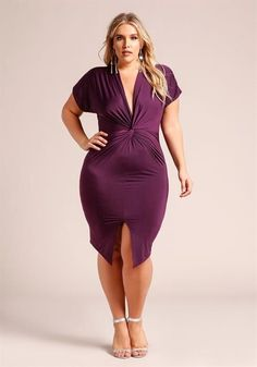 34.95---PLUM---Plus Size Twisted Slit Bodycon Dress