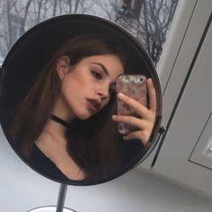 vixenz ⁺ ˖˚ Tumblr Selfies, Selfies Poses, Fake Girls, Hot Girls, Instagram Pose, Insta Photo Ideas, Girl Photography Poses, Photography Gels, Wedding Photography