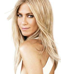 Jennifer Aniston love her hair Jennifer Aniston Style, Jennifer Aniston Makeup, Jenifer Aniston, Beauté Blonde, Blonde Highlights, Bright Blonde, Golden Blonde, Blonde Color, Hair Colour