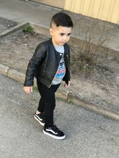 #fashionkids #fashionkids_worldwide #fashionkidsnigeria #kidsclothes Kids Fashion, Hipster, Style, Swag, Hipsters, Hipster Outfits, Junior Fashion, Babies Fashion, Outfits