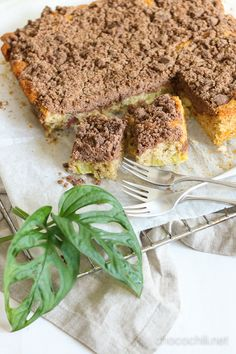 Vegan Rhubarb Crumb Cake   Chocochili.net