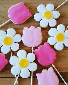 Flower cookies - biscotti su stecco per la festa della mamma