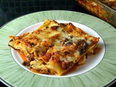 Halloumi lasagna with spinach