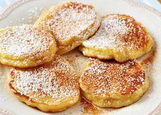 Yoghurt pancakes, quick and soft - - Pancake Recipe With Yogurt, Yogurt Pancakes, Savory Pancakes, Pancakes Easy, Pancake Recipes, Gluten Free Desserts, Dairy Free Recipes, Easy Desserts, Quick Recipes