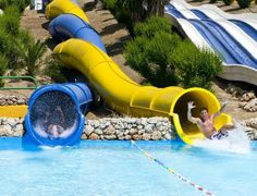 Visit the Aquavelis water park in Torre del Mar! (and head for the Aquatropic water park in Almuñécar for some variety)
