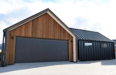 queenstown builder, architectural home nz, cedar, gable, wing walls, garage