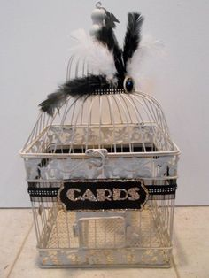 Vintage birdcage with feathers and lace for wedding cards #wedding #diywedding #gatsby #vintage #weddingcards