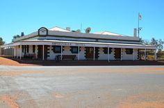 Birdsville Hotel Retro, Campers, Places, Surfing, Hotels, Australia, Writing, Mansions, House Styles