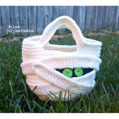 Premium Crochet Pattern ~ Mummy Trick or Treat Bag by Lizzy Jade Creations