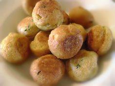 Inizio l'avventura con Cookaround con una ricetta facile e gustosa, le polpette di zia Lina. Il nome della ricetta lo ha allegramente coniato mia madre ma