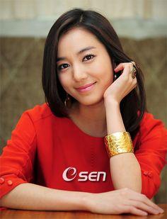 Korean Actress Lee So Yeon