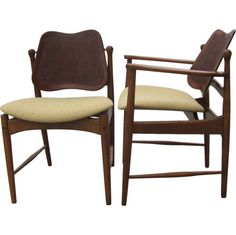 Set of Two Captain Chairs and Four  Side Chairs by Arne Vodder