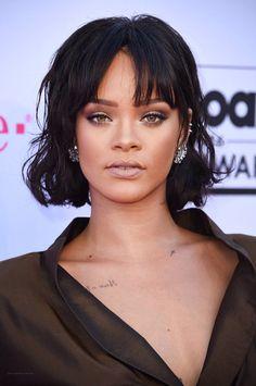 Rihanna BBMAs makeup