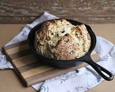 irish soda bread baked in a cast iron skillet - this is a great recipe and i'm thrilled to be making it today for #stpatricksday !