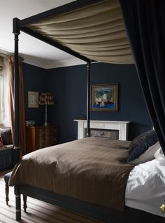 **** LOVE Bed frame & the way fabric is draped. Dark blue master bedroom, Regency four poster bed, Notting Hill house, Hackett Holland Glamourous Bedroom, Home, Home Bedroom, Luxurious Bedrooms, Bedroom Inspirations, Dark Blue Bedrooms, Blue Bedroom, Blue Master Bedroom, Bedroom