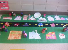 Our community map is finally complete! Each child was responsible for drawing a place in our town to add to the map. Everyone also create. Inquiry Based Learning, Ways Of Learning, Project Based Learning, Early Learning, Kindergarten Social Studies, Teaching Social Studies, In Kindergarten, Social Studies Communities, Communities Unit