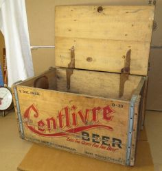 Vintage Centlivre Beer Crate-Wood Box and Lid,Fort Wayne,Indiana Brewing