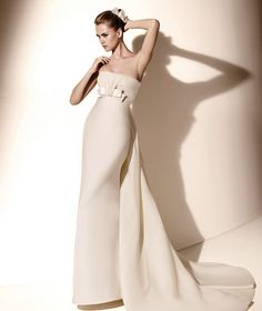 Ivory satin wedding dresses New York - The popular classic and traditional white wedding dress is not the only option that a modern bride can assume for her wedding. No matter how classic, . Most Beautiful Wedding Dresses, Bridal Wedding Dresses, White Wedding Dresses, Wedding Dress Styles, Bridesmaid Dresses, Chiffon, Couture Wedding Gowns, Types Of Dresses, Cheap Dresses