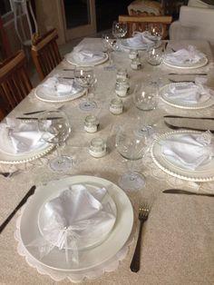 Decoração de mesa Ano Novo Oscar Night, Table Manners, Anniversary Dinner, Elegant Table, Favorite Holiday, Tablescapes, Appreciation, Table Settings, Decorations