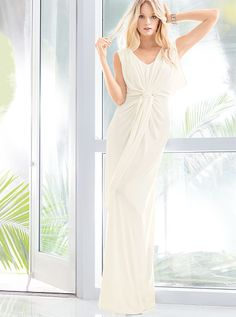 looks so comfy, there are a few other colors: Goddess Maxi Dress - Victoria's Secret Sexy Dresses, Sexy Maxi Dress, Dress Me Up, Nice Dresses, Fashion Dresses, Victoria's Secret, Beautiful Summer Dresses, Victoria Dress, Bridesmaid Dresses
