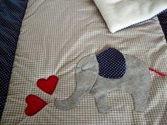 Babydecke mit Elefant von FarbenFroh56 auf DaWanda.com