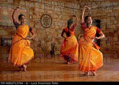 Odissi Dance Class. Nrityagram, India