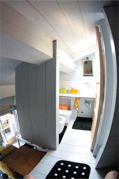 ...bathroom on the mezzanine