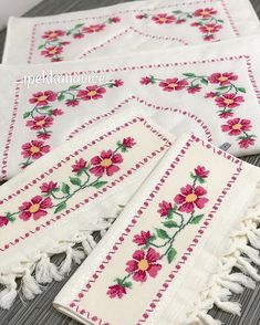 1 million+ Stunning Free Images to Use Anywhere Cross Stitch Borders, Cross Stitch Designs, Cross Stitch Patterns, Free To Use Images, Love Crochet, Bohemian Rug, Alphabet, Diy And Crafts, Embroidery