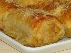 Çıtır çıtır mısır unlu böreğimin tarifini hemen vereyim :) :)  Yiyenler açma börek sanıyor...  MALZEME: yufka sıvıyağ mısır unu su 1 yumurta... No Gluten Diet, Pizza Pastry, Recipe Mix, Iftar, Turkish Recipes, Food Presentation, No Bake Cake, Bread Recipes, Love Food