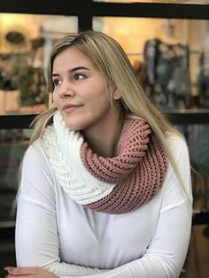Ravelry: Arrow Cowl pattern by Stacey Tallman Crochet Hooded Cowl, Crochet Cable, Chunky Crochet, Crochet Shawl, Crochet Scarves, Crochet Clothes, Front Post Double Crochet, Cowl Scarf, Scarf Wrap