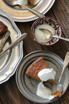 Lemon-Vanilla Almond Cake #paleo #dessert #recipes