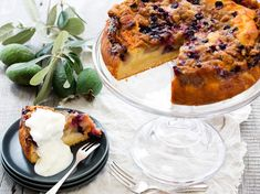 Recipe: Feijoa and Blueberry Buttermilk Cake - Moist and delicious, this cake is. - Recipe: Feijoa and Blueberry Buttermilk Cake – Moist and delicious, this cake is the perfect way - Homemade Crumpets, Buttermilk Cake Recipe, Shortbread Recipes, Walnut Salad, Food Crush, Cake Servings, Recipe Collection, Quick Meals, Cake Recipes