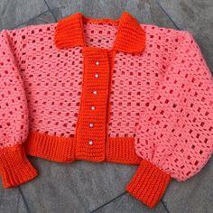 Crochet Art, Cute Crochet, Crochet Crafts, Crochet Projects, Cardigan Pattern, Crochet Cardigan, Sewing Clothes, Crochet Clothes, Crochet Designs