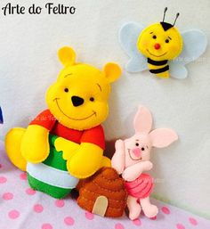 Pooh and Piglet made from felt Christmas Shoebox, Felt Christmas, Baby Diy Projects, Diy Sewing Projects, Felt Crafts, Diy And Crafts, Crafts For Kids, Stuffed Animal Patterns, Diy Stuffed Animals