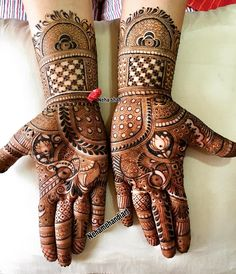 Image may contain: 1 person Traditional Mehndi Designs, Indian Mehndi Designs, Stylish Mehndi Designs, Mehndi Designs For Fingers, Wedding Mehndi Designs, Beautiful Henna Designs, Latest Mehndi Designs, Palm Mehndi Design, Mehndi Design Pictures