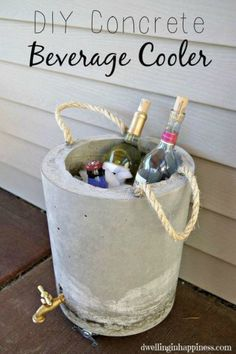 This is perfect for outdoor entertaining ~ a DIY concrete beverage cooler with drain. Fabulous!