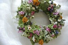 Flowering meadow wreath.rh
