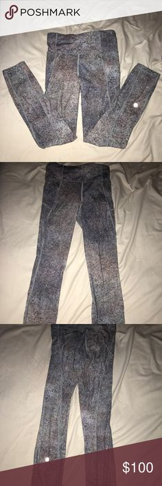 Lily lemon speckled leggings includes 2 side pockets and 1 zipper back pocket. perfect condition. only worn once. purple, grey, black, and white. lululemon athletica Pants Track Pants & Joggers