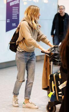 Bildergebnis für sienna miller airport