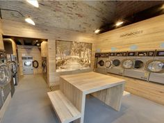Self service laundry or laundromat or coin laundry in Barcelona Eixample, with 7 washers and 4 dryers to give a good service to our customers. Laundry Shop, Coin Laundry, Laundry Closet, Laundry Rooms, Laundromat Business, Laundry Business, Coin Laundromat, Self Service Laundry, Commercial Laundry