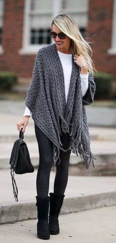 #fall #outfits women's gray shawl