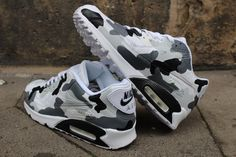 """Custom Painted leather Nike Air Max 90 """"Camouflage Black & Grey"""" unique Sneaker Art Style - Schuhe - Best Shoes World Air Max Sneakers, Nike Air Shoes, Sneakers Mode, Sneakers Fashion, Shoes Sneakers, Nike Air Max 90s, Sneaker Art, Sneaker Boots, Souliers Nike"""