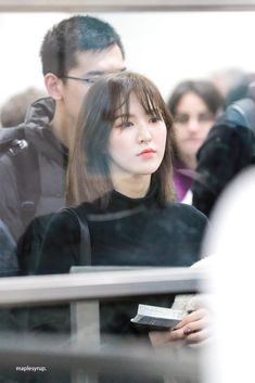 190201 Gimpo Airport from Japan Seulgi, South Korean Girls, Korean Girl Groups, Wendy Red Velvet, Peek A Boos, Me As A Girlfriend, Irene, Parks, Hot Girls