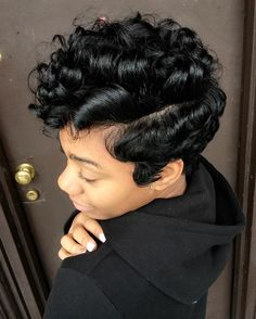 Best Ideas For Short Haircuts Picture DescriptionCute curly pixie via Read the article here - blackhairinformat. Short Cropped Hair, Medium Short Hair, Short Hair Cuts, Pixie Cuts, Short Relaxed Hairstyles, Curly Hair Styles, Natural Hair Styles, Curly Pixie, Short Pixie