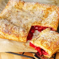 Pepperidge Farm® Puff Pastry - - No Fuss Fruit Pie.Nothing could be easier than this fruit pie made with puff pastry sheets. Add your favorite prepared pie filling—cherry, apple, blueberry—and you've got a delicious, homemade pie. Puff Pastry Recipes, Pie Recipes, Dessert Recipes, Cooking Recipes, Puff Pastries, Cooking Dishes, Just Desserts, Delicious Desserts, Yummy Food