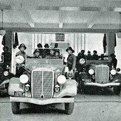 #Bomberos: Esta fotografía muestra a los orgullosos bomberos de #Caracas con sus recién adquiridos vehículos en 1937.